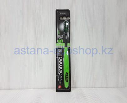 Зубная щетка с древесным углем (2024 щетинки), зеленая, средняя жесткость